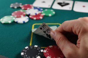 Can you win money buy playing poker